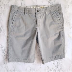 Old Navy Light Gray Perfect Bermudas Shorts Size 8